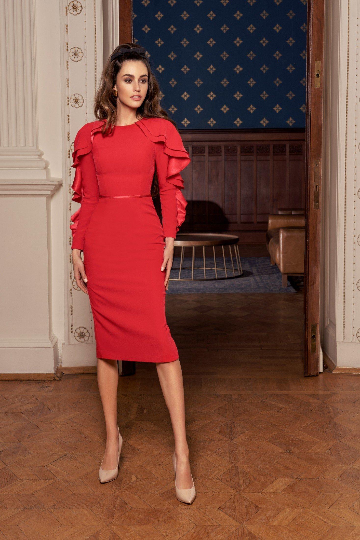 Вечернее платье c рукавами 0538 (в наличии пудровый цвет)