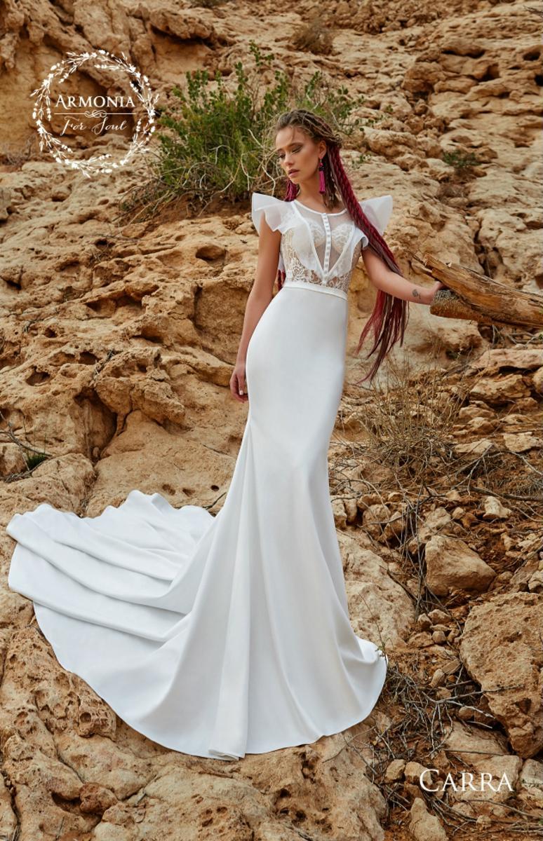 Свадебное платье с кружевным корсетом carra