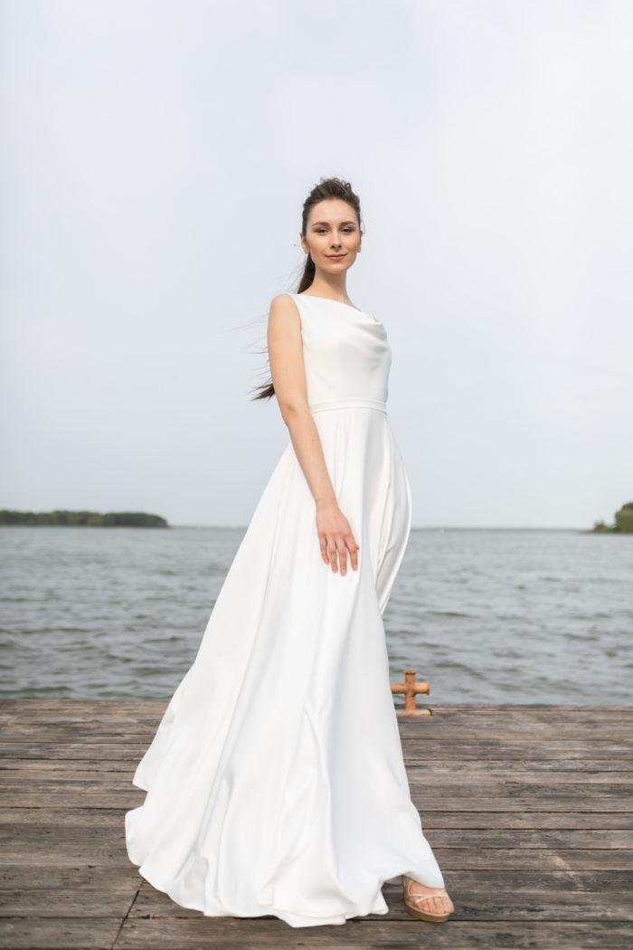 Лаконичное свадебное платье Габби (пепел)