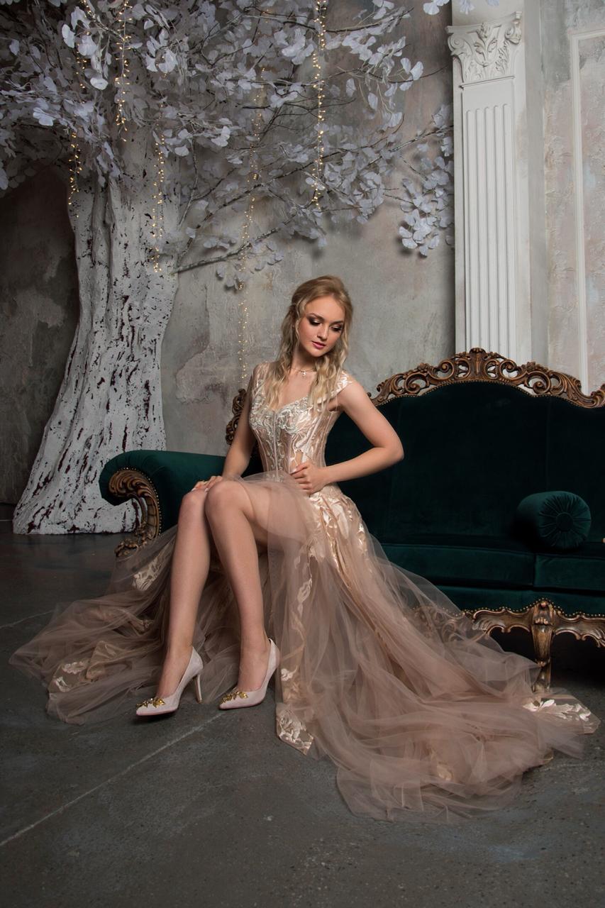 Свадебное платье  aqua belfaso new В наличии в Спб
