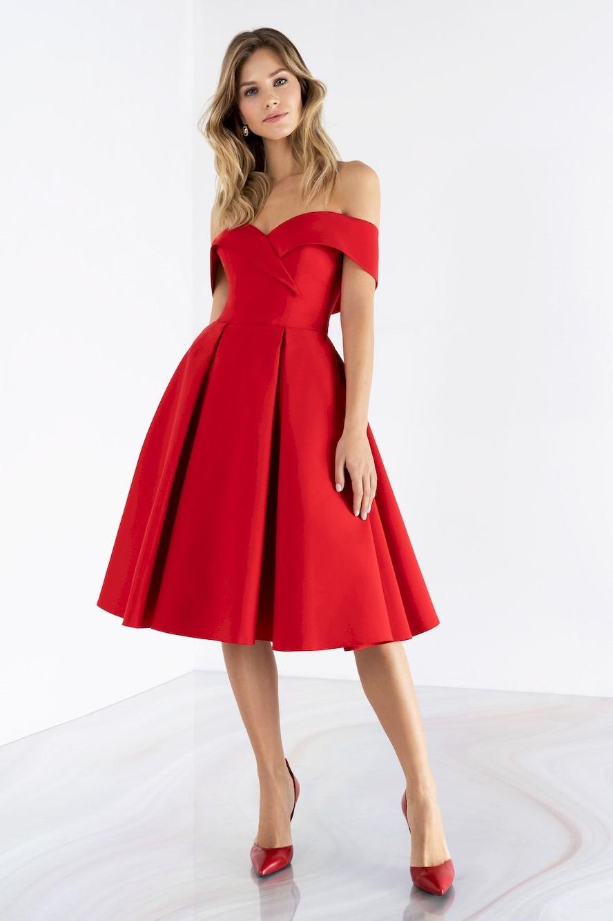 Вечернее платье Модель emse 0458