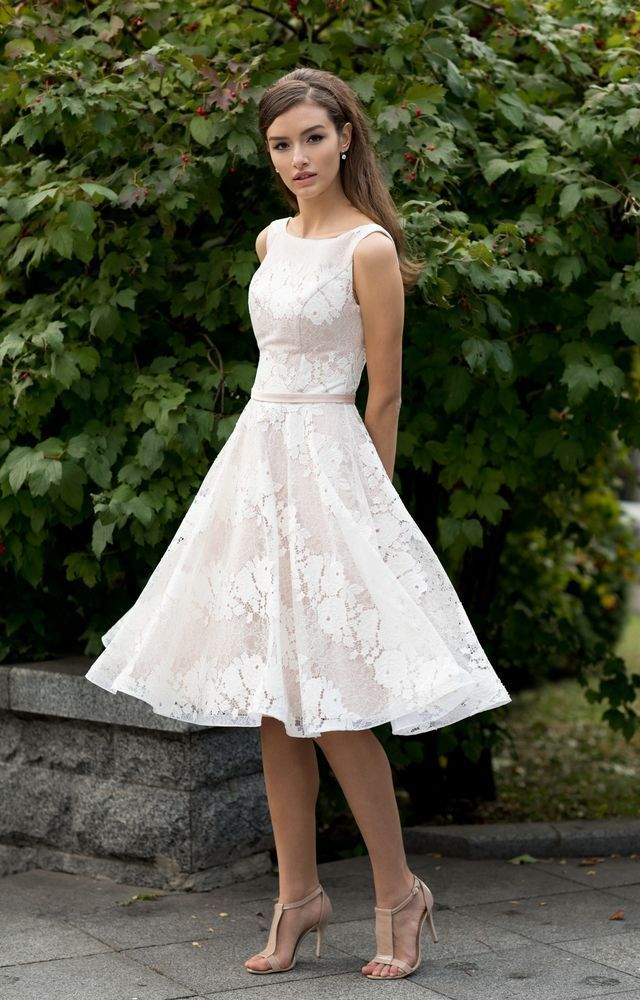 Свадебное платье  йоланда В наличии в Спб