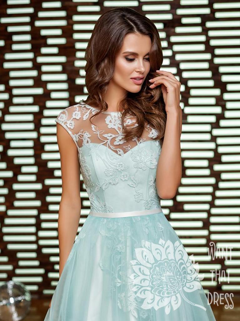 Платье на выпускной -  лира