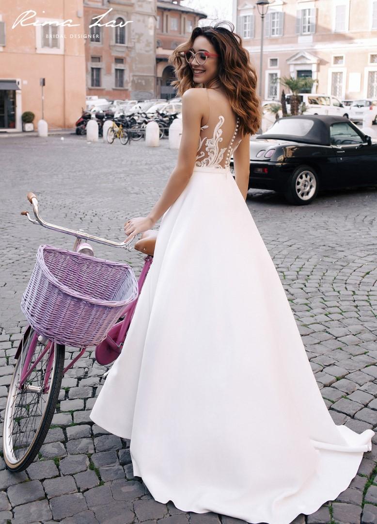 Свадебное платье  нелли В наличии в Спб