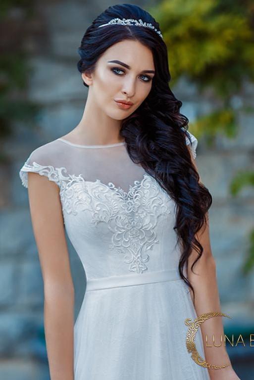 Свадебное платье с кружевным верхом Рокси