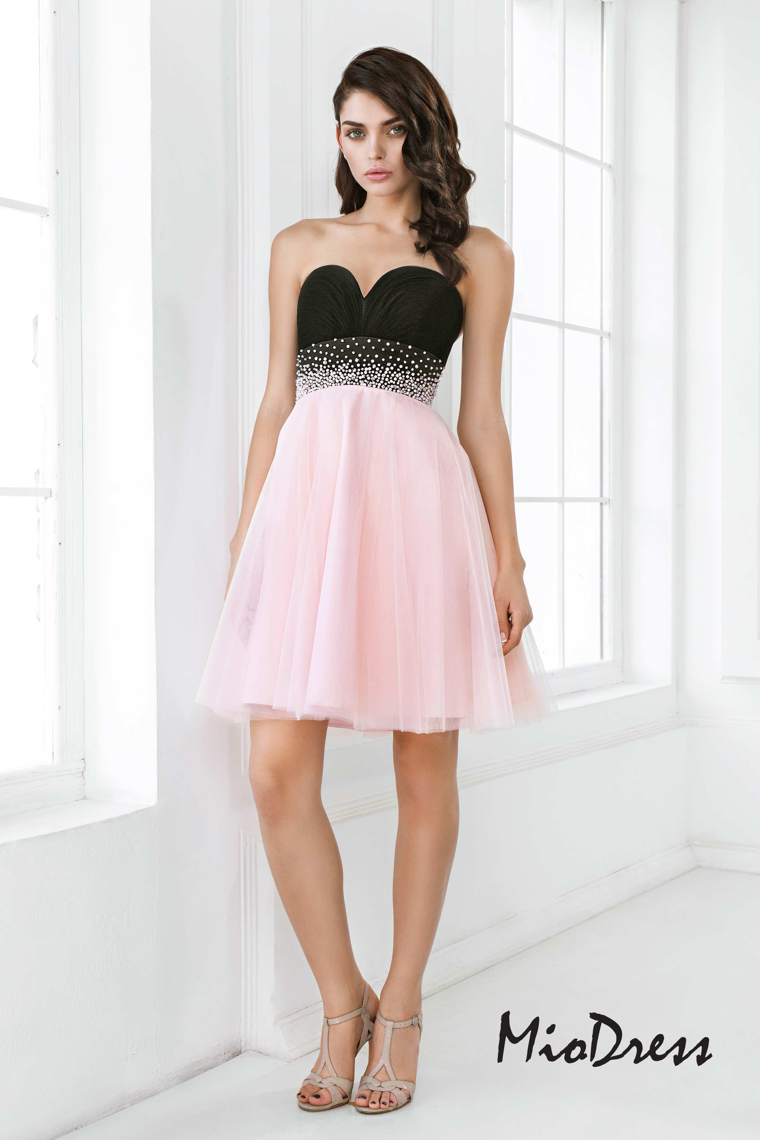 Вечернее платье барбарис