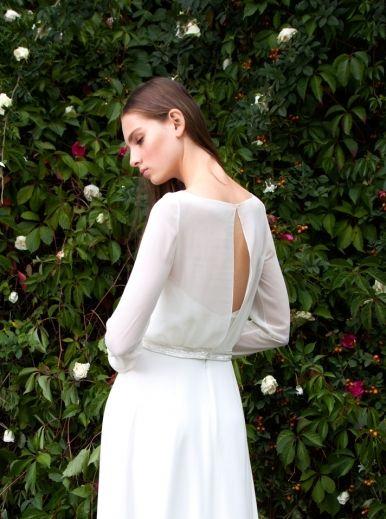 Свадебное платье с рукавами, вид сзади