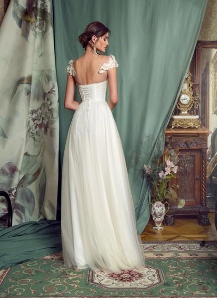 Свадебное платье с открытой спинкой 0481B