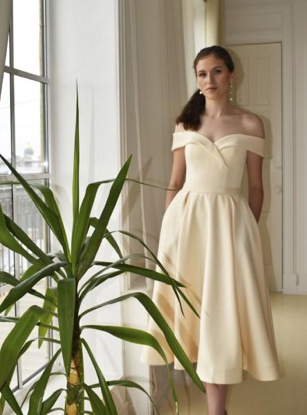 Длинное вечернее платье сатера