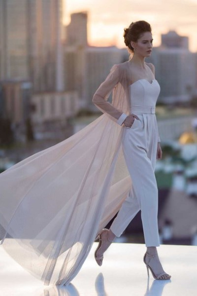Свадебное платье  4817 костюм В наличии в Спб
