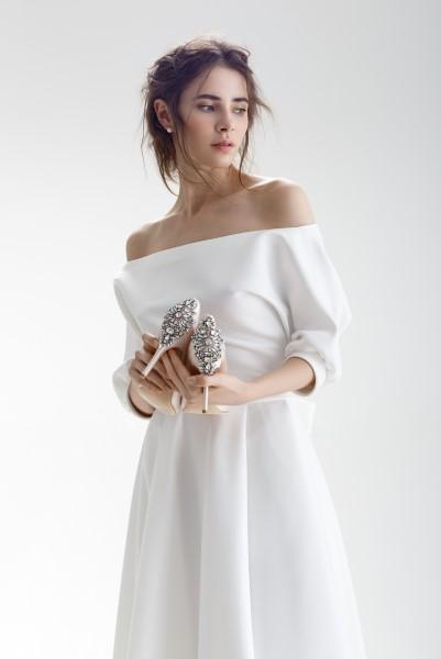 Свадебное платье с открытыми плечиками Бэйли