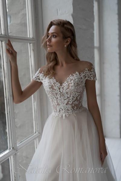Свадебное платье кружевное с корсетом Камилла