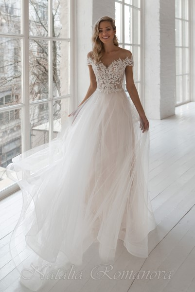Свадебное платье кружевное с корсетом Камилла Натальи Романовой
