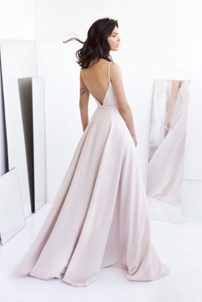 Лекгое платье с открытой спинкой Alia