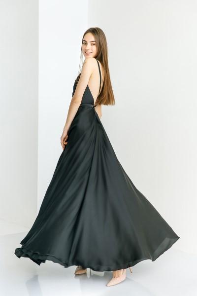 Вечернее платье в черном цвете Вайлет
