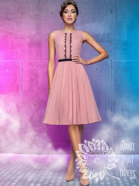 Коктейльное короткое вечернее платье бланка