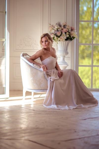 Свадебное платье на корсете