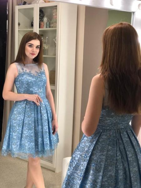 Коктейльное короткое вечернее платье голубое mini