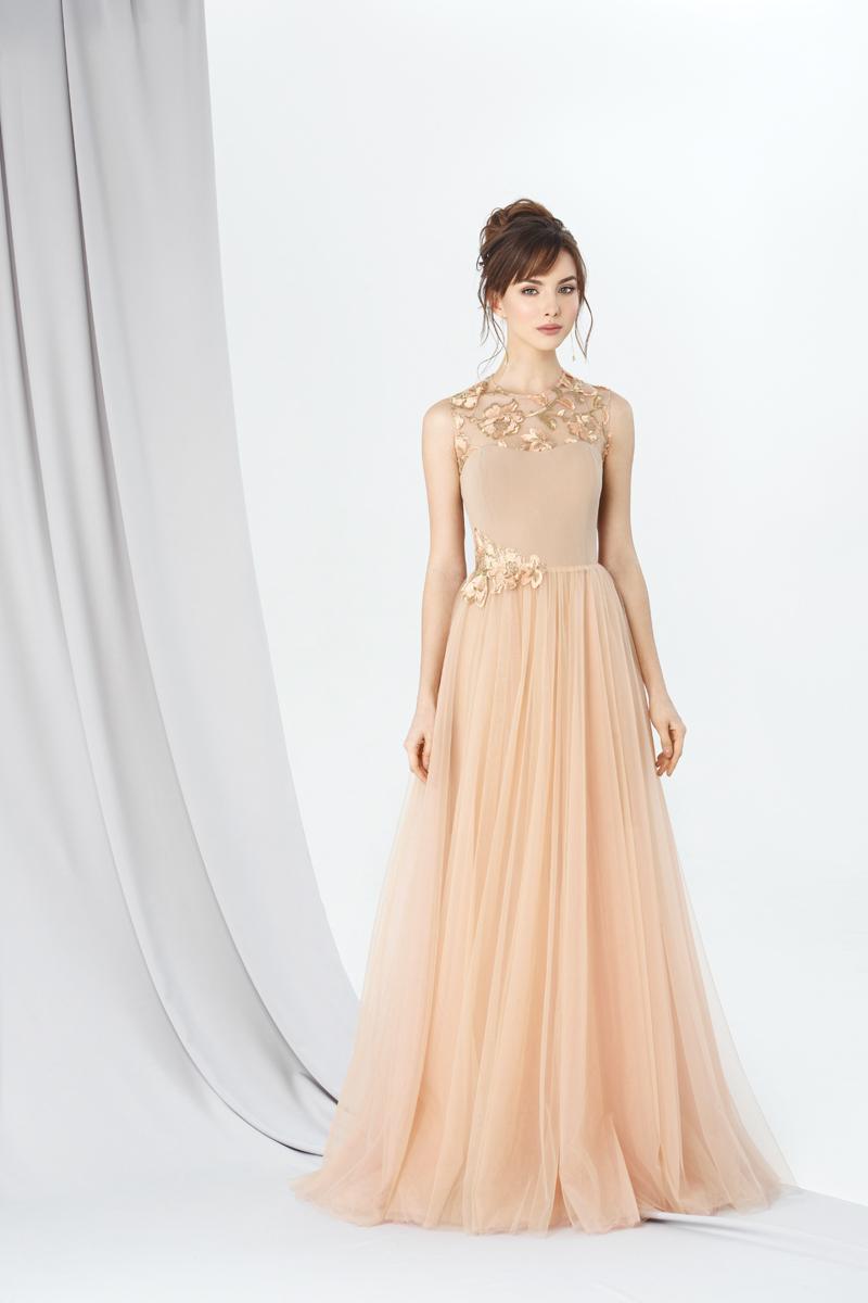 Королева сексуальная девушка длинная платье она снимает так красива, камера